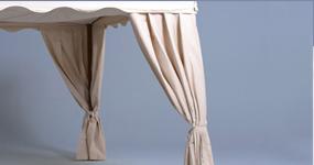 Elegante Eckvorhänge für Faltzelt